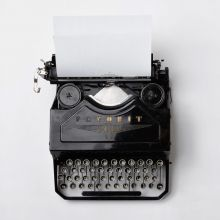 Favorit Vintage Typewriter